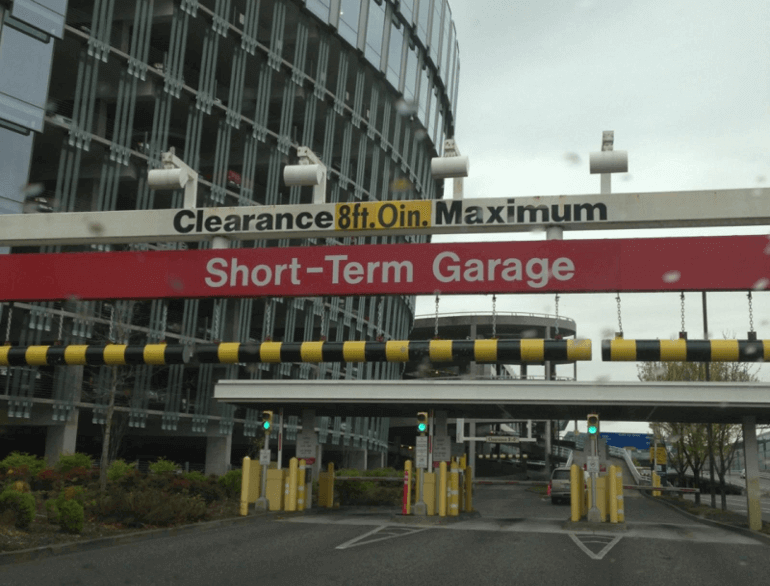 short-term airport parking portland default
