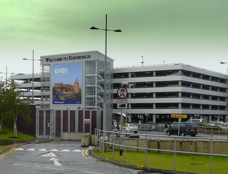 Long Stay Edinburgh airport parking default