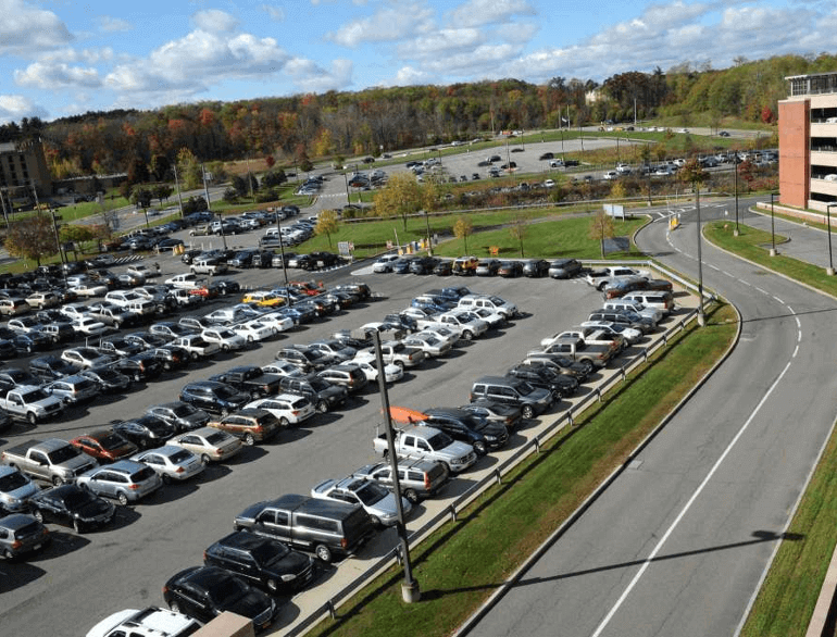 albany short-term airport parking default