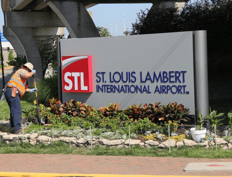 st. louis lambert international airport parking lot e  logo1
