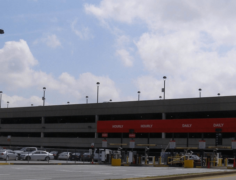 atlanta hourly north airport parking default