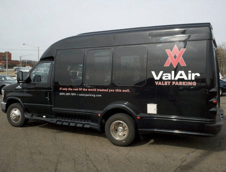 cincinnati valair valet airport parking logo